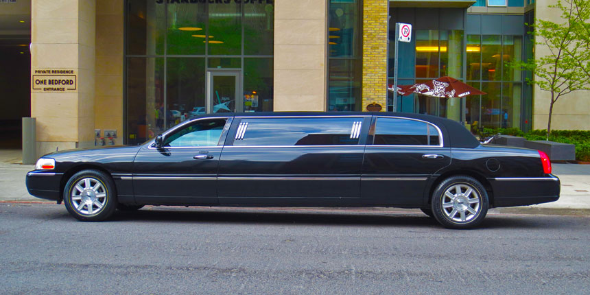 6 Passenger Stretch Limo